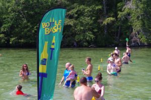 bottle bash in acqua
